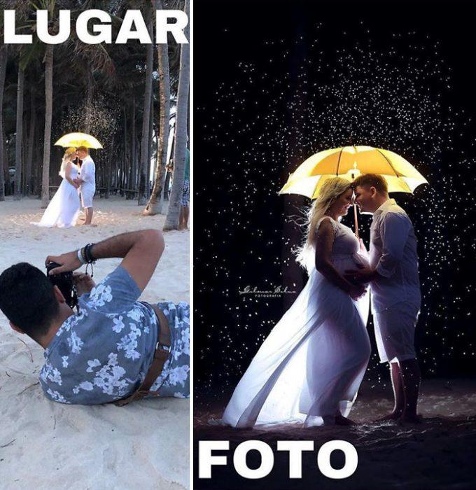 pareja bajo un paraguas