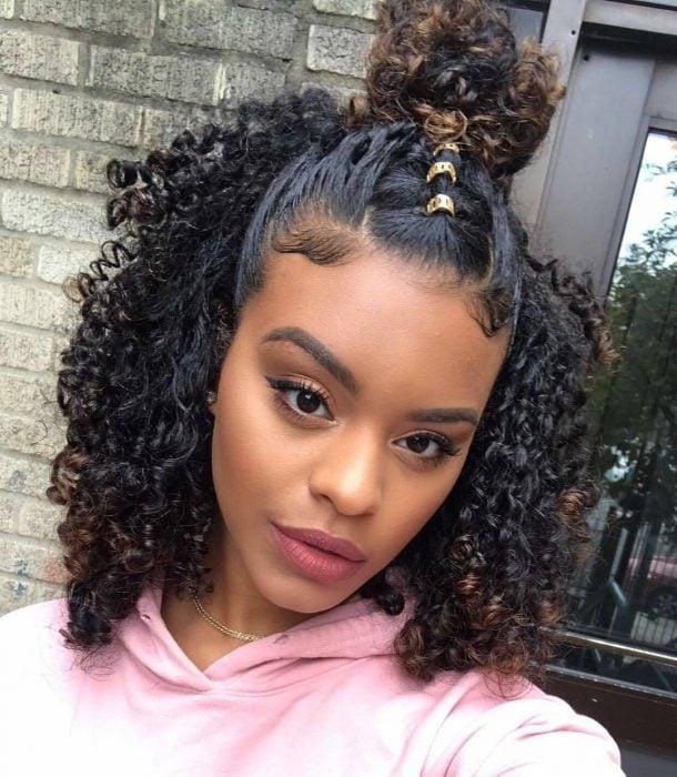 Peinados para chicas con cabello chino