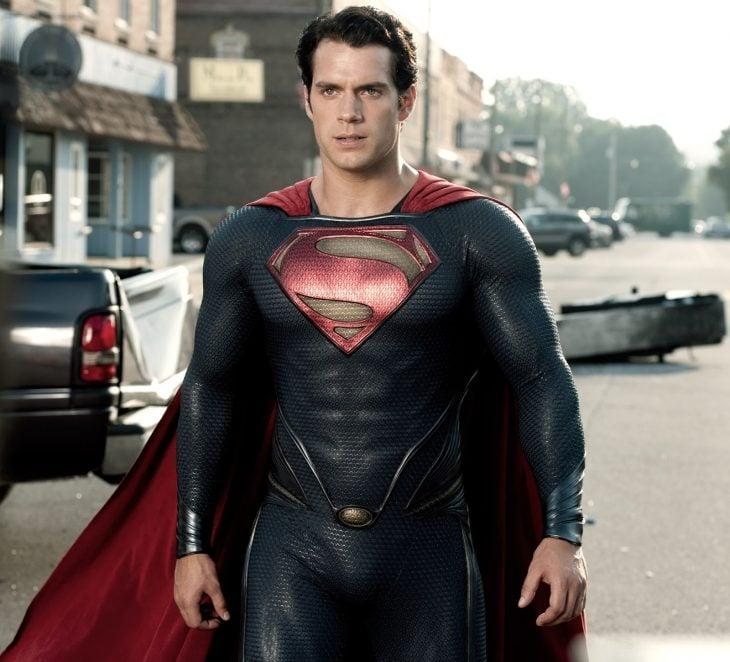 Henry Cavill dejará de ser superman