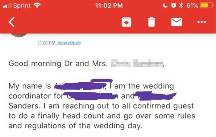 Mensaje que recibió un invitado a una boda del organizador