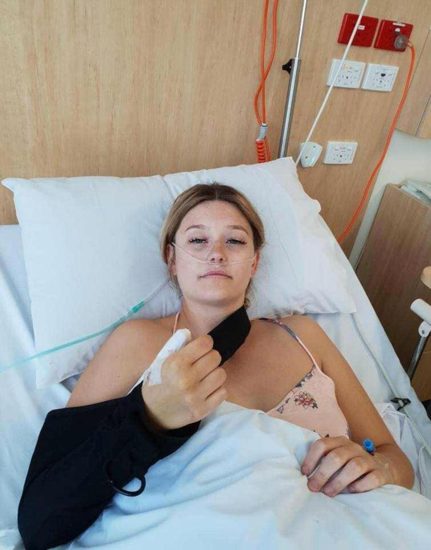 A mujer le da cáncer por morderse las uñas