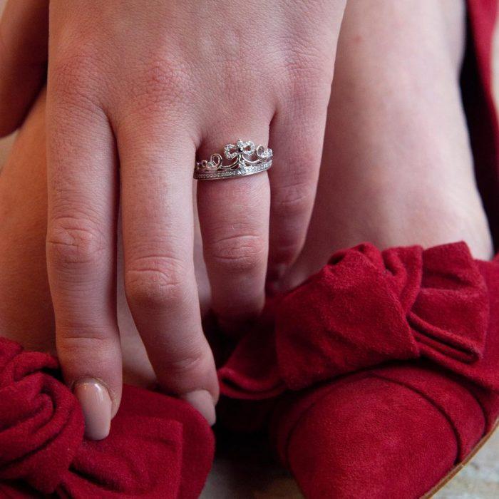 Anillo de la joyería enchanted fine jewelry inspirado en las princesas de Disney