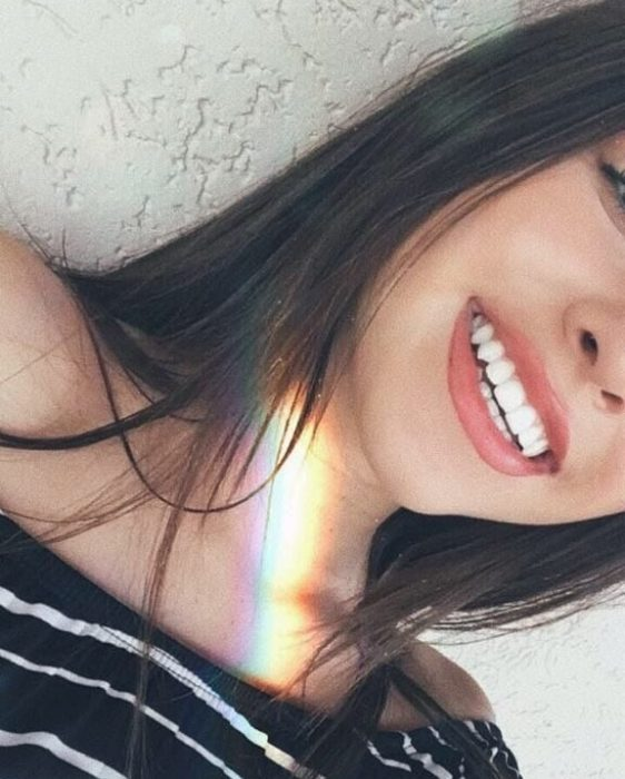 chica con sonrisa bonita