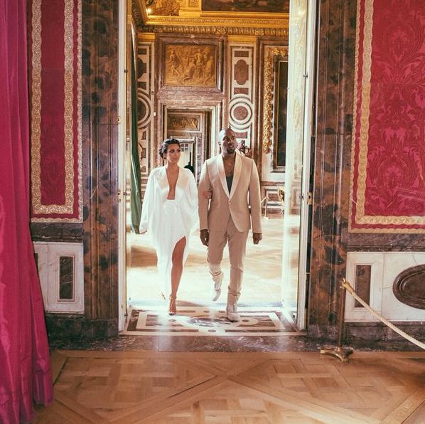 Kim y Kyne el día de su boda