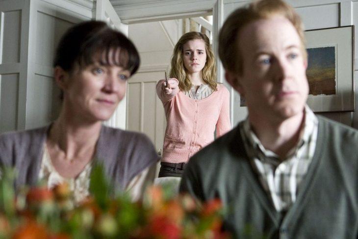 Escena de Harry Potter Hermione borrando recuerdos