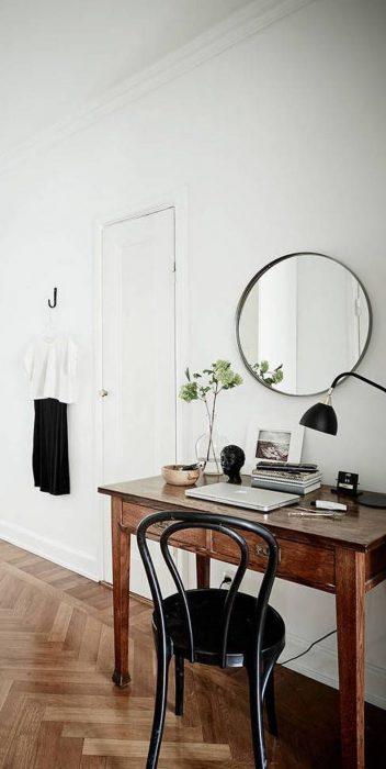 Silla negra simple para tocador