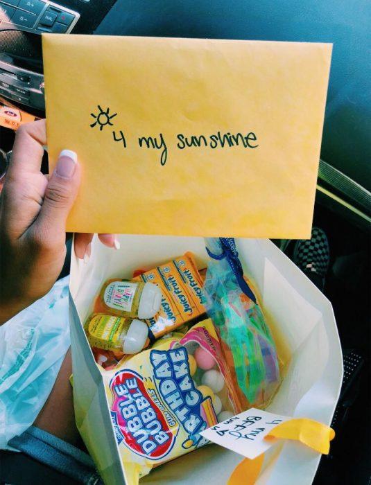 Bolsa de dulces de regalo para la pareja