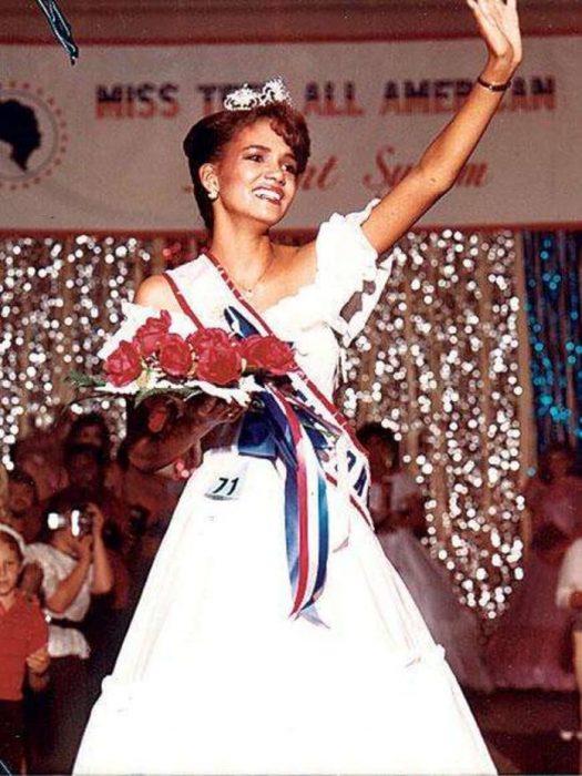 En 1985 Halle Berry ganó el premio de Miss Teen All American