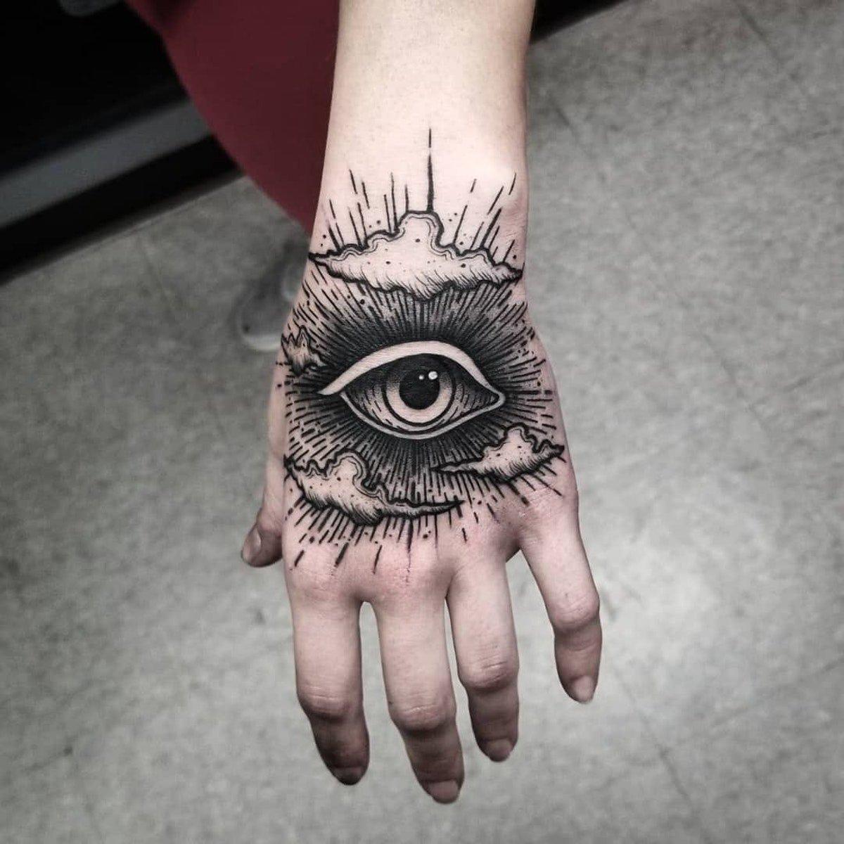 19 Bonitos Tatuajes Que Necesitas Para Atraer La Buena Suerte