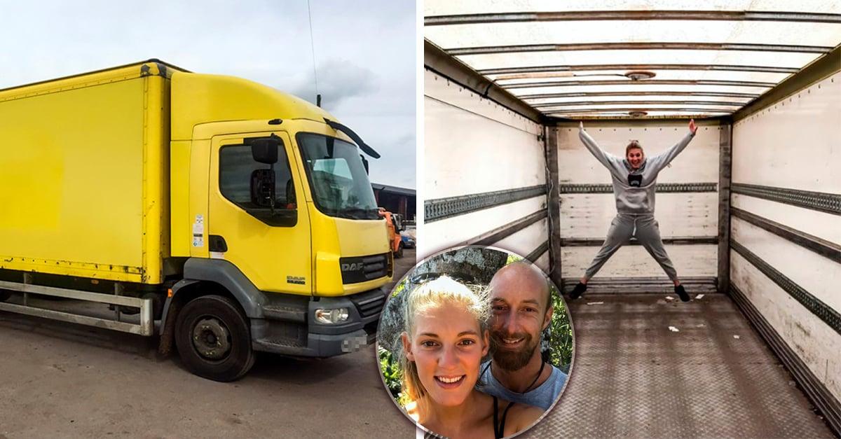 Esta pareja convirtió un viejo camión en su elegante casa rodante