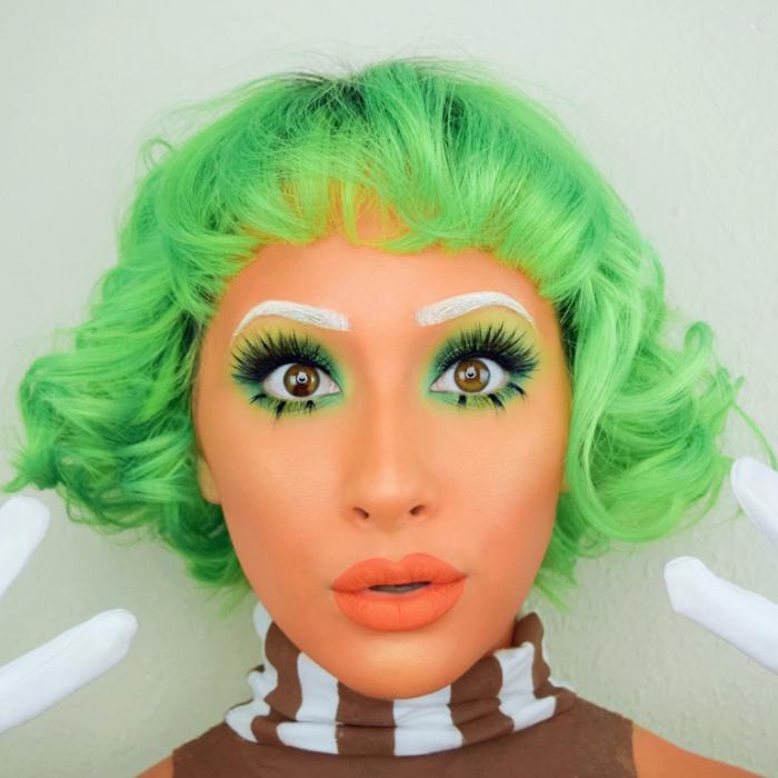 mujer maquillaje de umpa lumpa