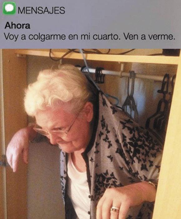Abuela manda un mensaje graciosos a su nieto para que la vea