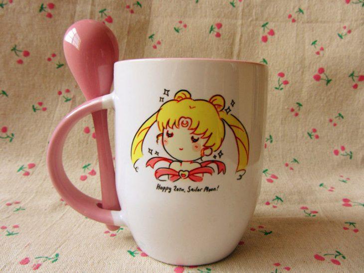 Taza para café inspirada en la caricatura de Sailor Moon