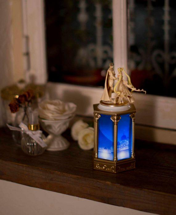 Lámpara inspirada en la caricatura de Sailor Moon