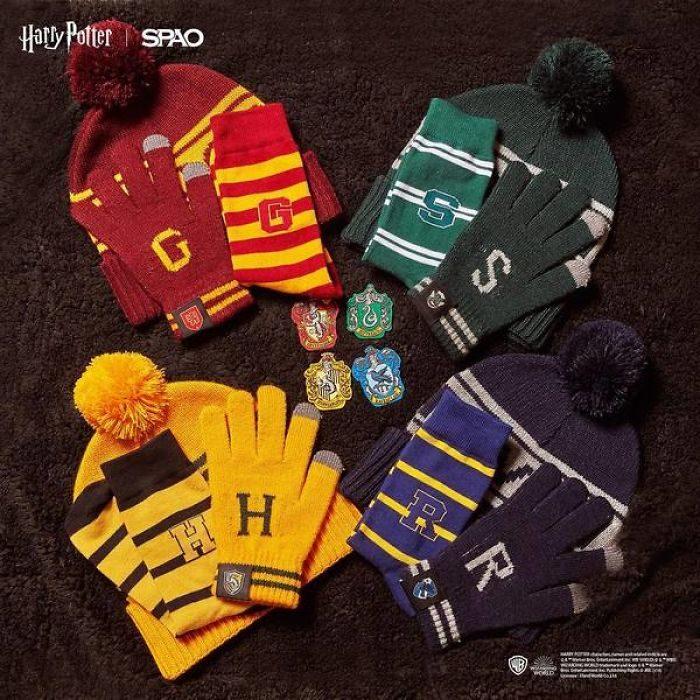 set de gorros y guantes invernales