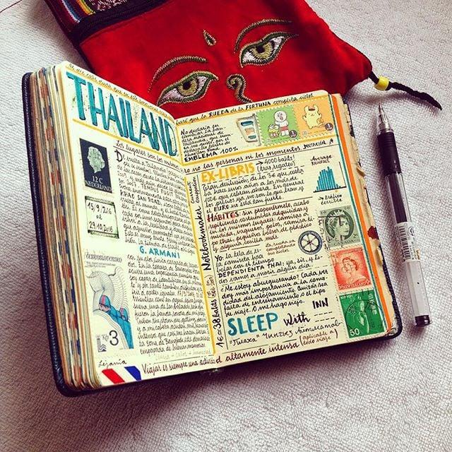 diario con escrito de colores
