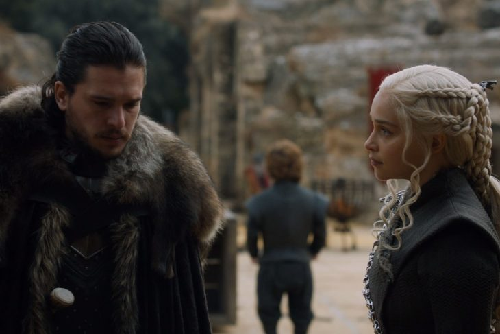 Jon Snow y Daenerys Targaryen de la serie de HBO Game of Thrones