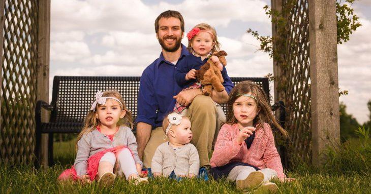 Padre tuitea conversaciones con sus hijas y demuestra que la paternidad es muy divertida