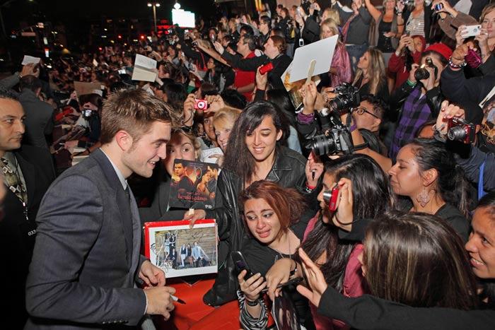 Fans en la premiere de twilight