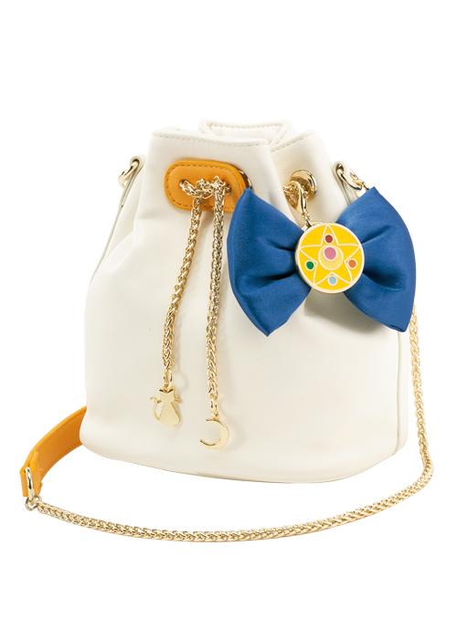 bolso blanco con moño azul