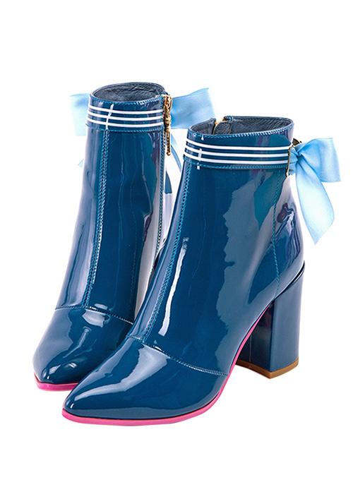 botas de charol azul con lazos