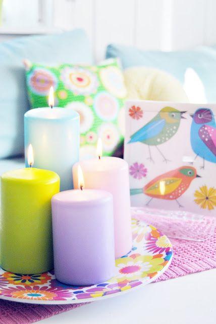 velas de colores pastel