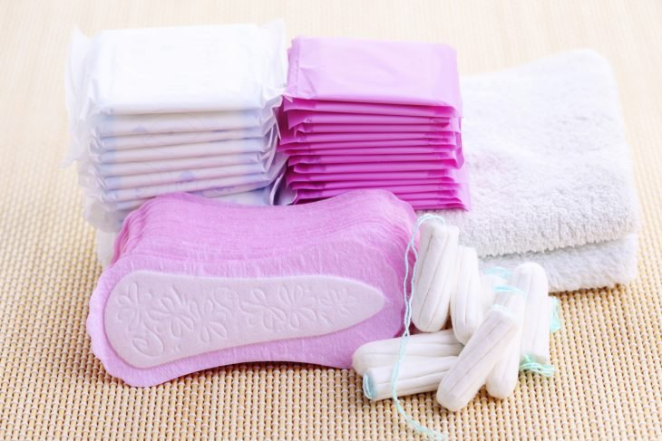 Toallas sanitarias, tampones y productos de higiene femenina