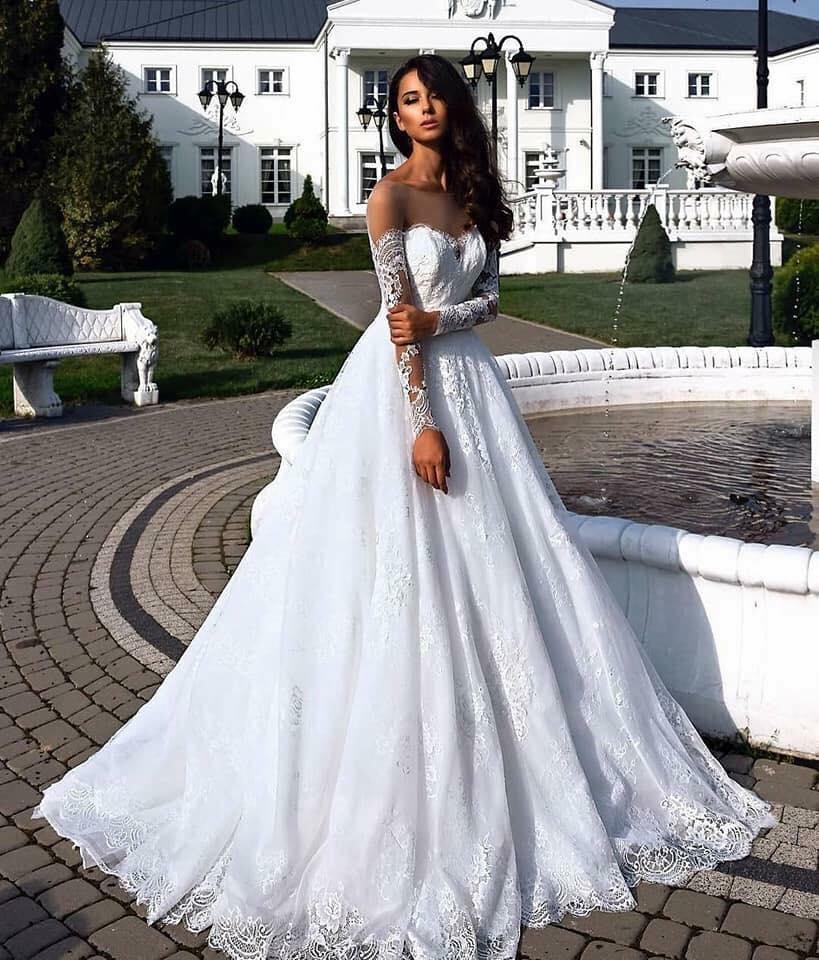 Modelos de vestidos de novias elegantes