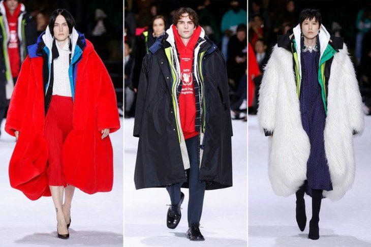 personas caminando con abrigos muy grandes