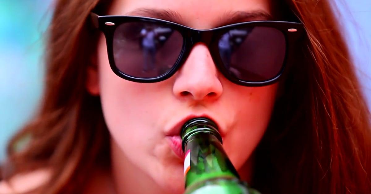 Según estudio las mujeres que no toman alcohol podrían sufrir demencia