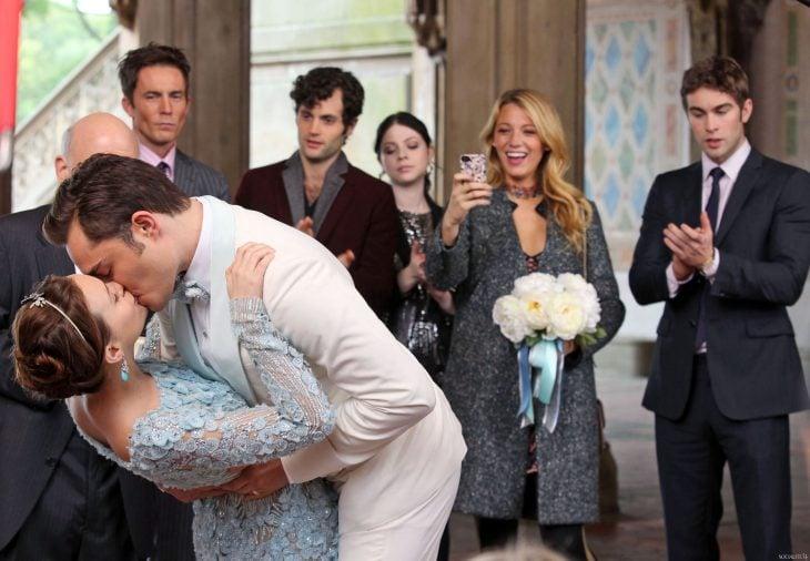 Gossip Girl, beso en la boda de Chuck y Blair