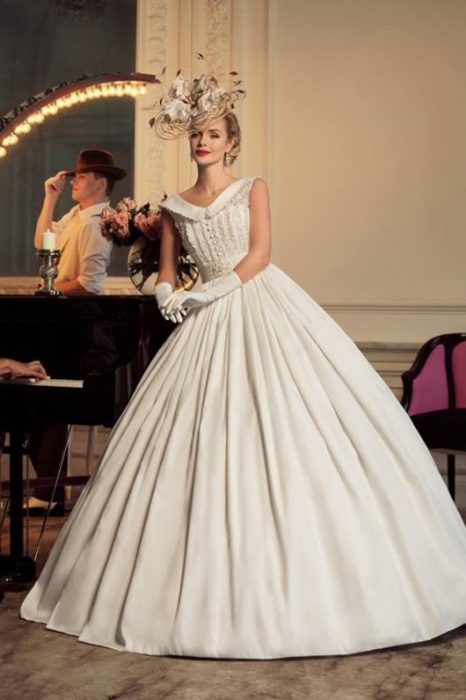 Colección de vestidos vintage de los años 40 creados por Tatiana Kaplun