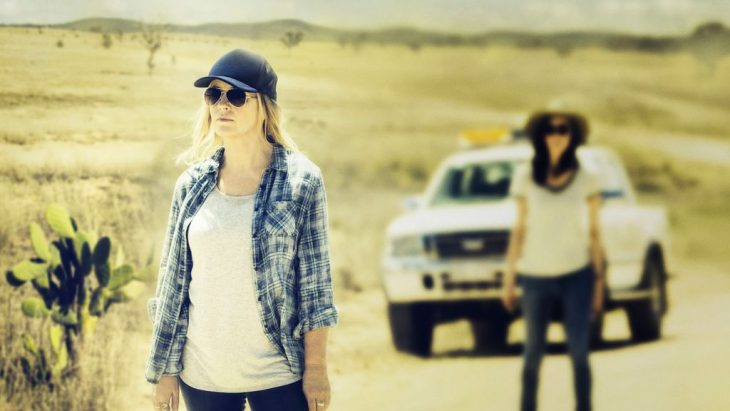 mujeres en carretera