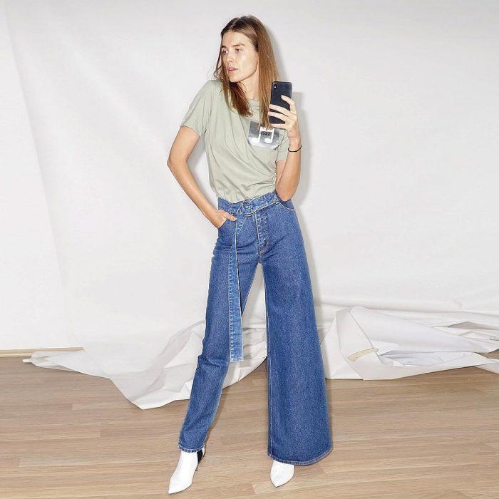 Diseñadora ucraniana crea pantalones denim asimétricos que podrían ser nueva tendencia