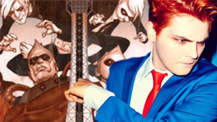chico con cabello color rojo brillante