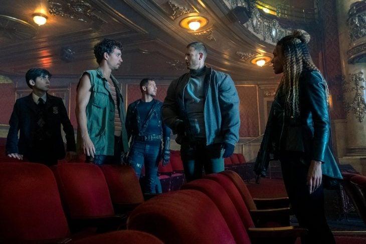 Grupo de personas en una sala de cine