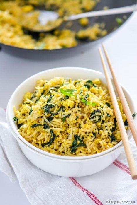 Plato de arroz vegano