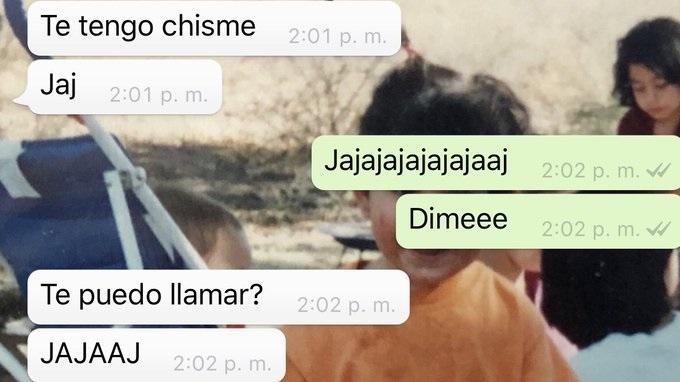 Captura de pantalla de conversación de Whatsapp en la que dos personas hablan sobre un chisme
