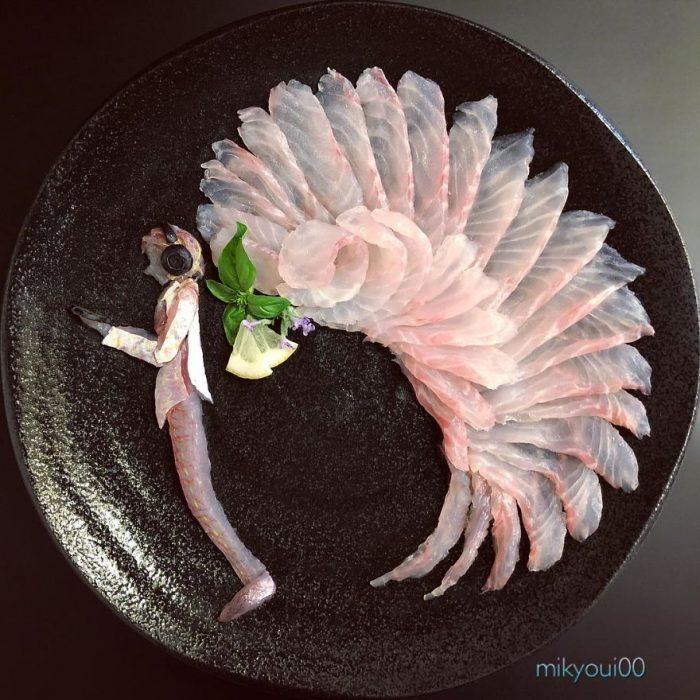 pescado cortado finamente