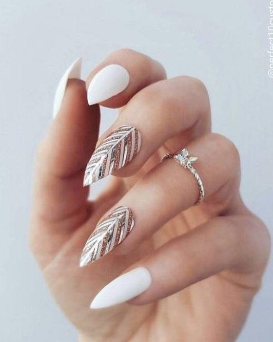 Diseños de uñas de hojas