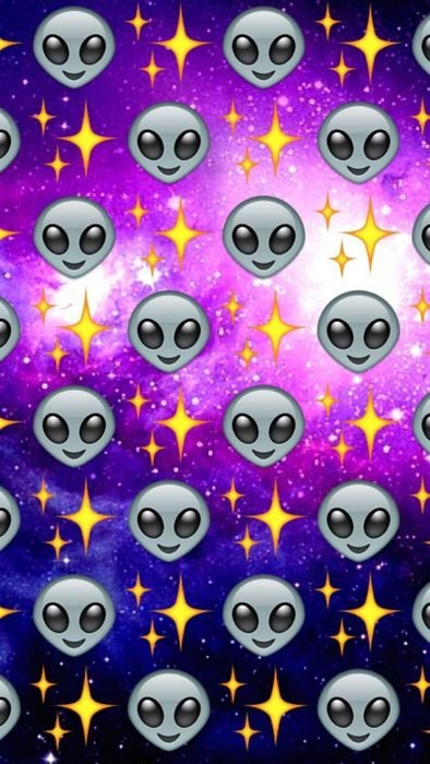 Fondos de pantalla para celular, wallpaper de emoji de extraterrestres en universo morado