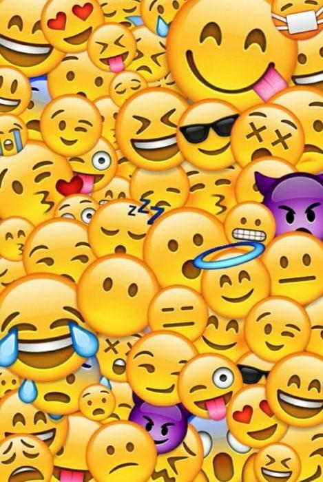 Fondos de pantalla para celular, wallpaper de emojis de caritas