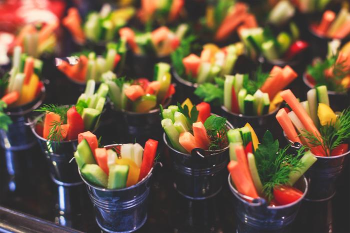 Snacks que se comen en una boda vegana