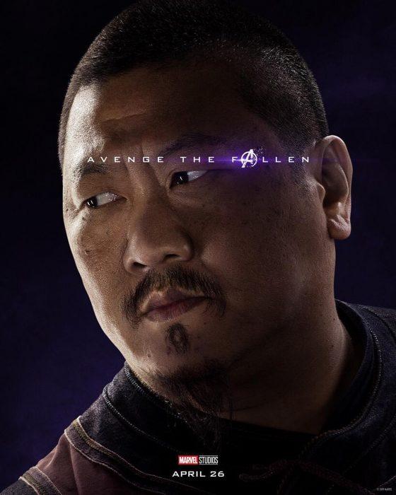 Monje con cabello corto, posando de perfil, Wong, Benedict Wong, Póster oficial de la película Avengers: Endgame