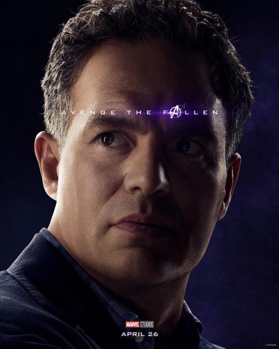 Hombre de tez apiñonada, cabello corto, posando de perfil, Hulk, Mark Ruffalo, Póster oficial de la película Avengers: Endgame
