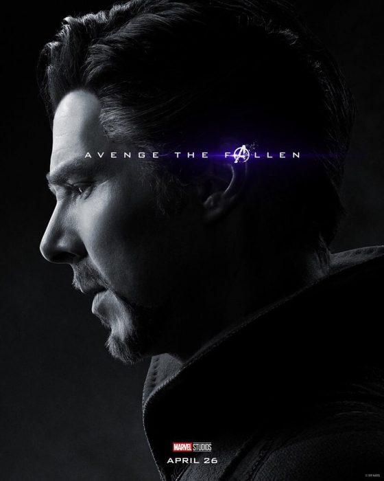 Hombre con canas, de perfil, Dr. Strange, Benedict Cumberbatch, Póster oficial de la película Avengers Endgame