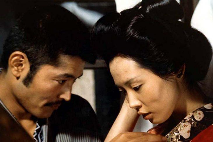 Actores en la escena de la cinta El imperio de los sentidos - pareja asiática