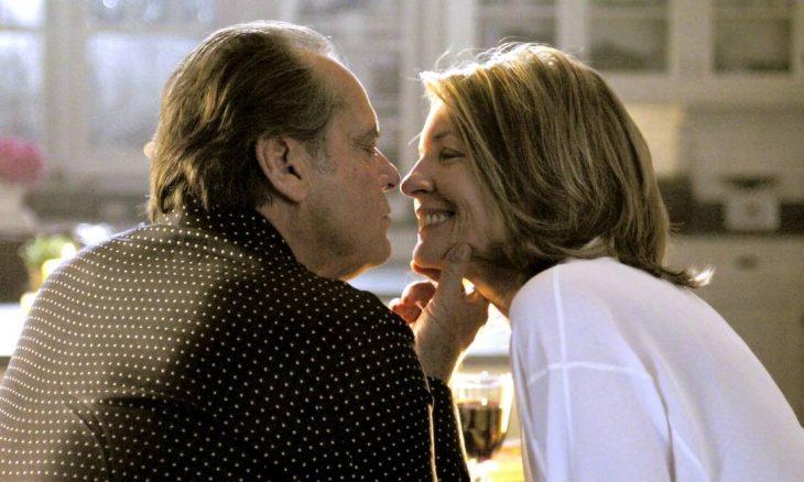 El actor Jack Nicholson y la actriz Diane Keaton para la cinta Alguien tiene que ceder