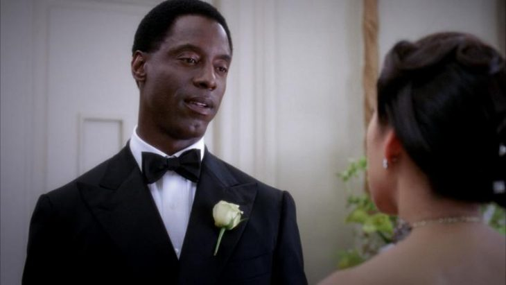 El actor Isaiah Washington interpretando a Preston Burke en la serie Grey's Anatomy