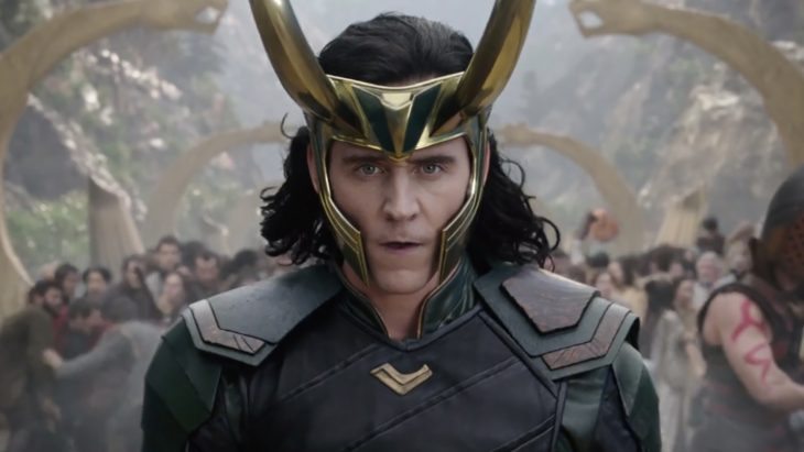 El actor Tom Hiddleston interpretando al personaje de Loki para la saga de Thor